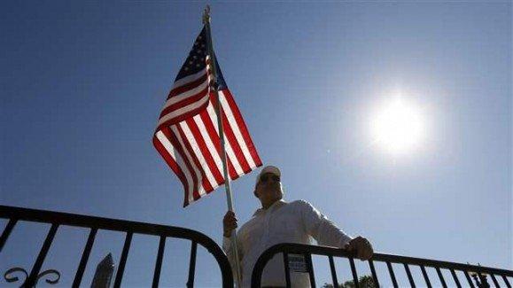 american_flag002_16x9