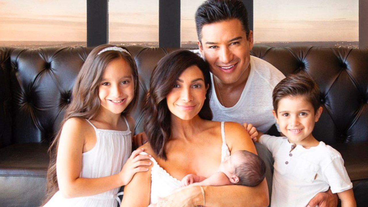 Mario Lopez Apologizes For Comments About Children Choosing